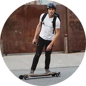 Elektrický skateboard