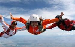 Adrenalinový zážitek - Skok padákem