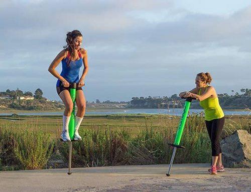 Pogo skákací tyče recenze: zábava a trénink zároveň